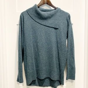 Nicole Miller New York 100% Cashmere Hi-Lo Sweater